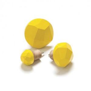 SMALL DIAMOND CUT WOOD DISPLAY HOOK, YELLOW