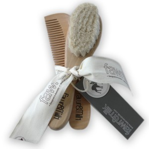 FAWN AND MILK BRUSH AND COMB SET